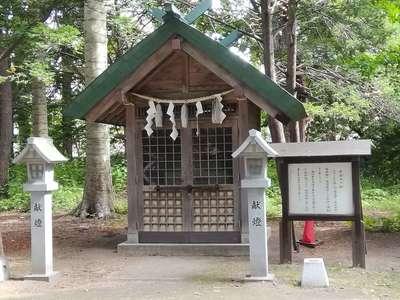信濃神社の末社