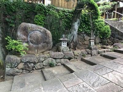 能成寺の鳥居