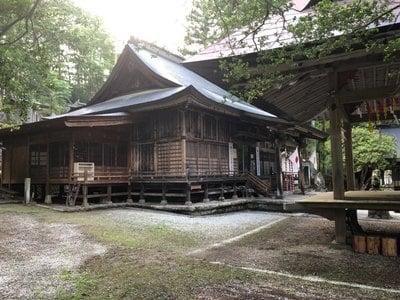 駒ケ嶽神社の本殿