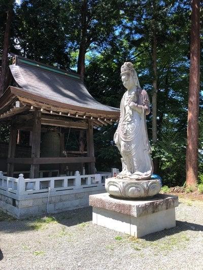 山梨県雲峰寺の仏像