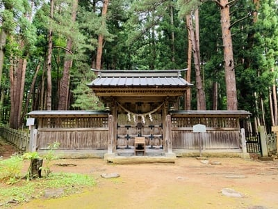 福島県土津神社の鳥居