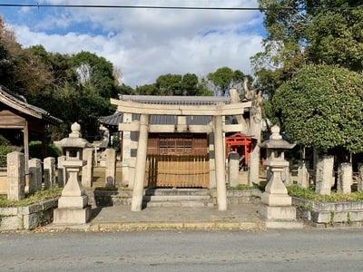 中臣須牟地神社の本殿