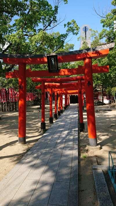 兵庫県湊川神社の鳥居