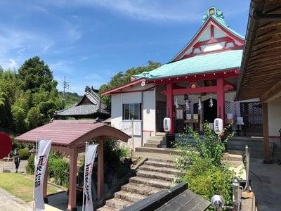 差出磯大嶽山神社(山梨県)