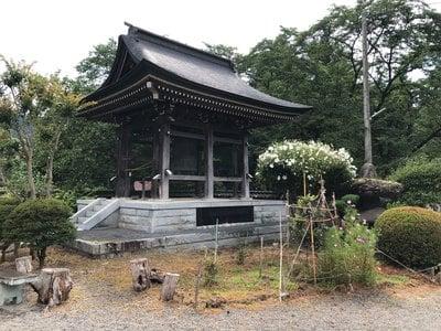 山梨県景徳院の写真