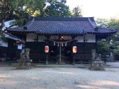 六甲八幡神社の本殿