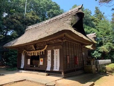 國王神社の本殿