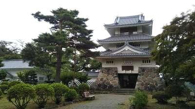 糠部神社の建物その他