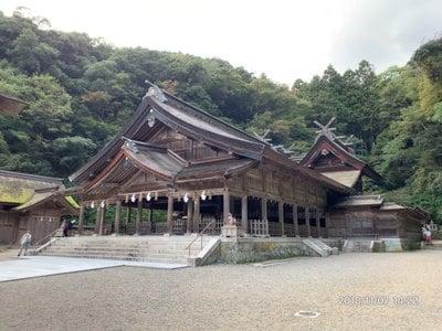 島根県美保神社の本殿