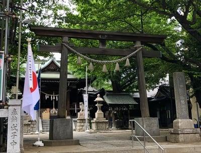 東京都宇迦八幡宮の鳥居