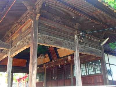 長野県幣川神社の本殿