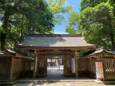 富山県雄山神社前立社壇の山門