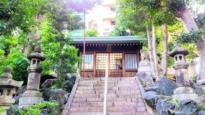 日出神社の本殿