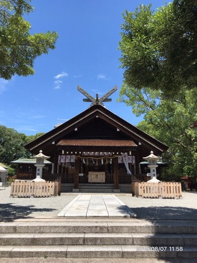 大鳥大社(大鳥神社)の本殿