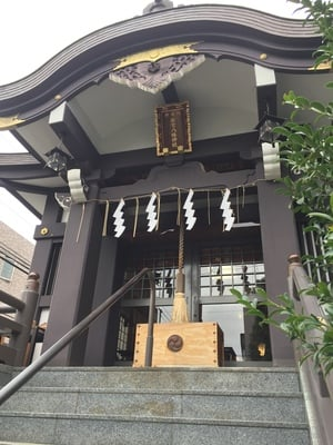 神楽坂若宮八幡神社の本殿
