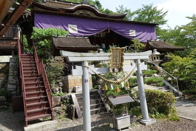 竹生島神社(都久夫須麻神社)の本殿