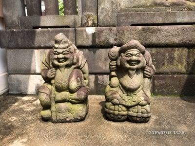 高輪神社の像