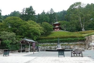勝尾寺の塔