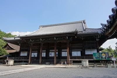 西教寺の本殿