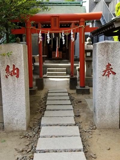 海豊稲荷神社磐井神社境内摂社の鳥居