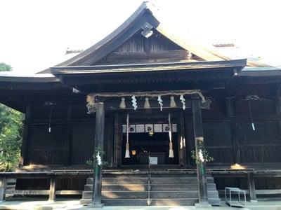府八幡宮の本殿