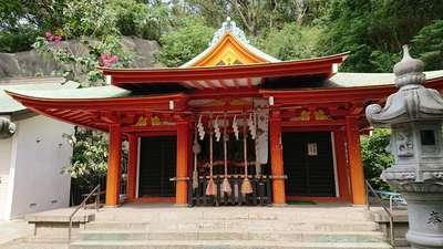 雷神社の本殿