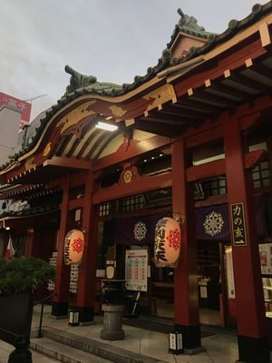 徳大寺(摩利支天)の本殿