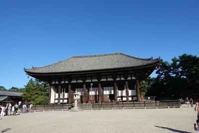 興福寺の本殿