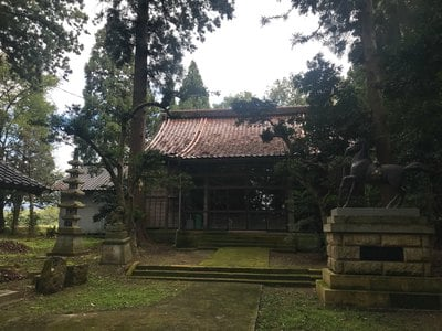 石部神社の本殿