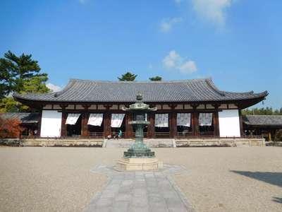 法隆寺の本殿