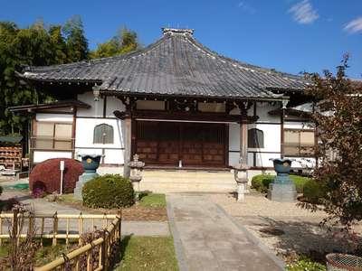 総持院の本殿