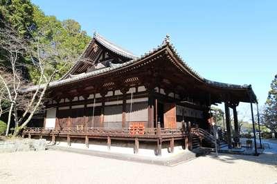 霊山寺の本殿