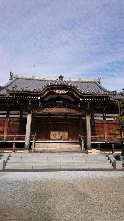 万徳寺の本殿