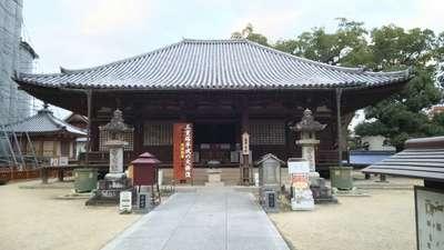 本山寺の本殿