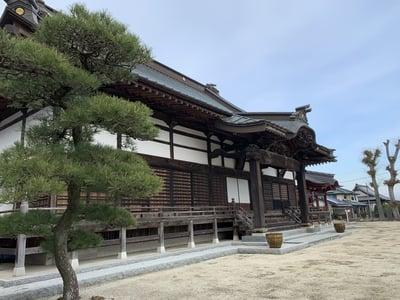 千妙寺の本殿