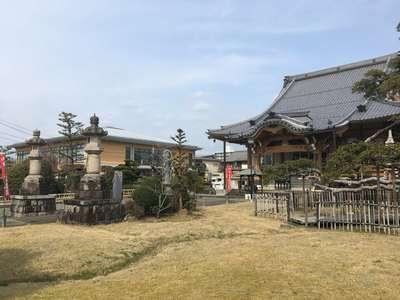 圓鏡寺の本殿
