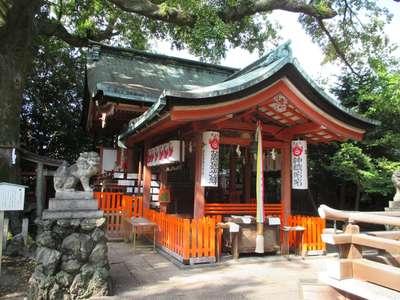 武信稲荷神社の本殿