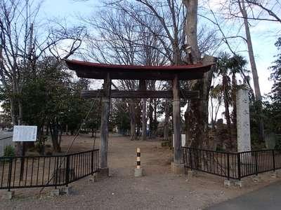 七本木神社の鳥居