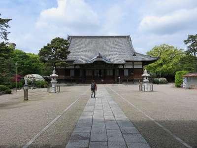 建中寺の本殿