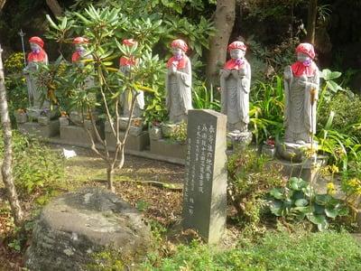 青蓮寺の地蔵