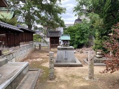 素鵞神社の末社