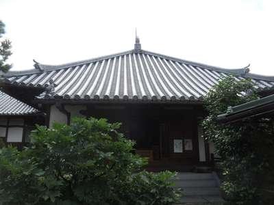 石光寺の本殿