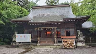砥鹿神社(里宮)の本殿