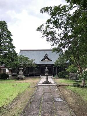 雲照寺の本殿