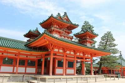 平安神宮の山門