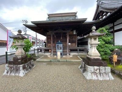 祐泉寺の本殿
