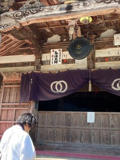 清滝寺の本殿