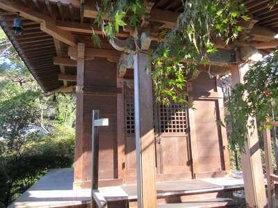 珊瑚寺の本殿