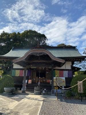 八坂寺の本殿
