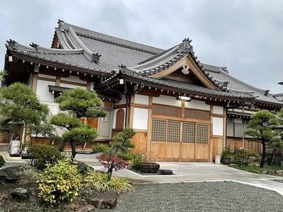 弘誓院の本殿